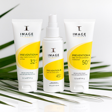 Load image into Gallery viewer, PREVENTION+ Daily Ultimate Protection Moisturiser SPF 50