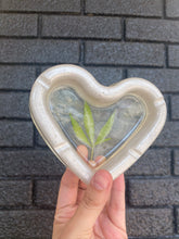 Load image into Gallery viewer, 420 heart shaped resin ashtray with real pressed leaf