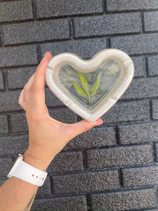 420 heart shaped resin ashtray with real pressed leaf