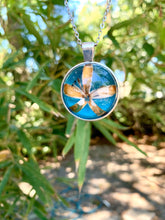 Load image into Gallery viewer, Circular pressed flower turquoise pendant