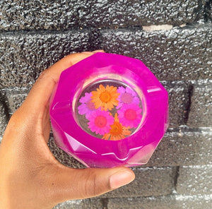 Magenta resin ashtray with real pressed flowers