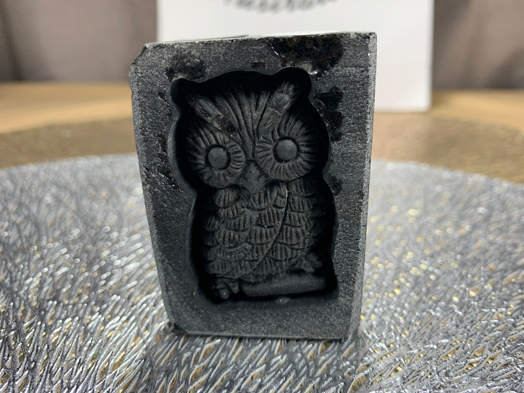 Obsidian Owl Carving