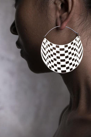 Checkers Hoops Brass