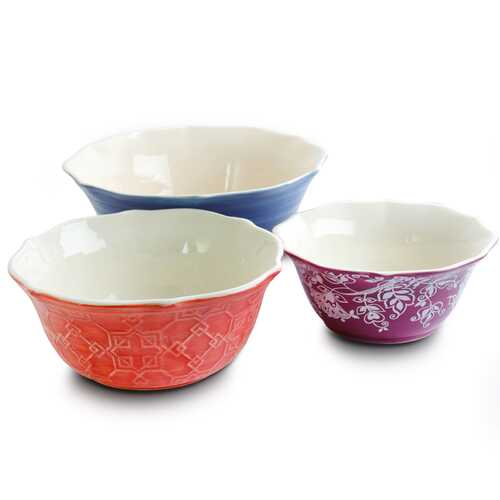 Urban Market Life on the Farm 3 Piece Scalloped Stoneware Bowl Set in Assorted Colors