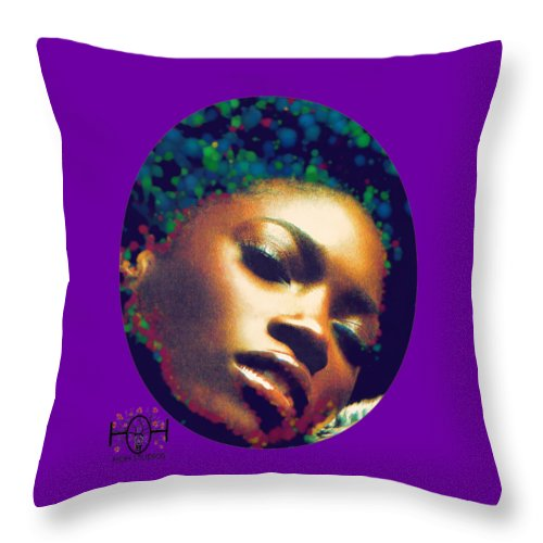 Logo 17 - Throw Pillow