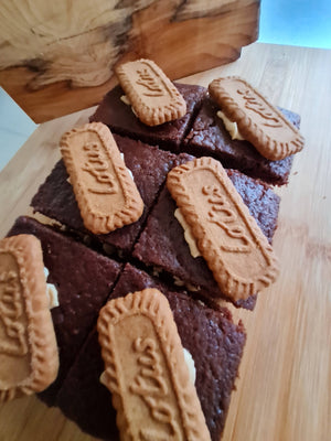 Vegan Biscoff and Chocolate Traycake
