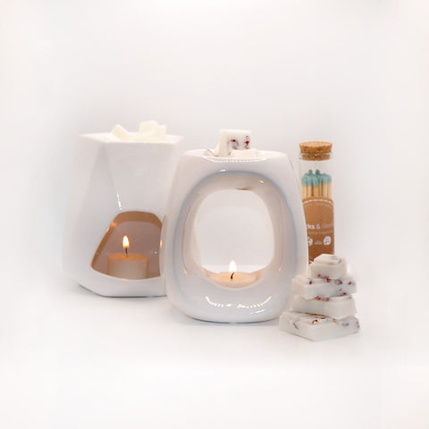 best tea light candles to use with wax melt burners - read our tealight burner blog here