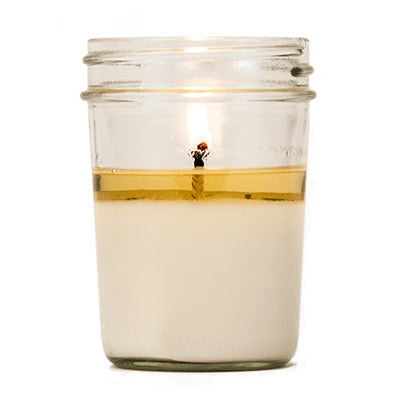 How to look after your candle - first burn time and wax pool