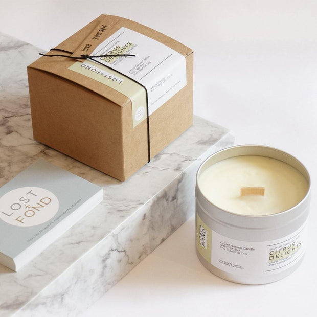 Sweet Orange & Bergamot Scented Soy Wax Candle with Wood Wick in Gift Tin - www.wicksandreeds.com
