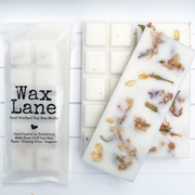 Botanical soy wax melt bar - handmade in Yorkshire - Velvet Rose & Oud - www.wicksandreeds.com