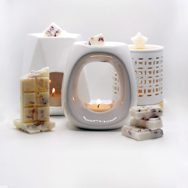 Modern Oval White Ceramic Wax Melt & Oil Burner - Gift Set with Soy Wax Floral Bar