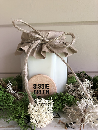 """Aqua"" - Hand poured Soy wax candle by Sissie Green - 190ml - www.wicksandreeds.com"