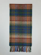 Load image into Gallery viewer, The Labasheeda Long Lambswool Scarf