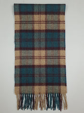 Load image into Gallery viewer, The Bunacurry Fine Lambswool Scarf