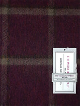 Load image into Gallery viewer, The Buncrana Fine Lambswool Scarf