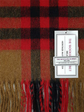 Load image into Gallery viewer, The Castlecove Fine Lambswool Scarf