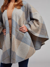 Load image into Gallery viewer, The Ballyhide Lambswool Cape