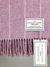 Load image into Gallery viewer, The Tuam Lambswool Throw