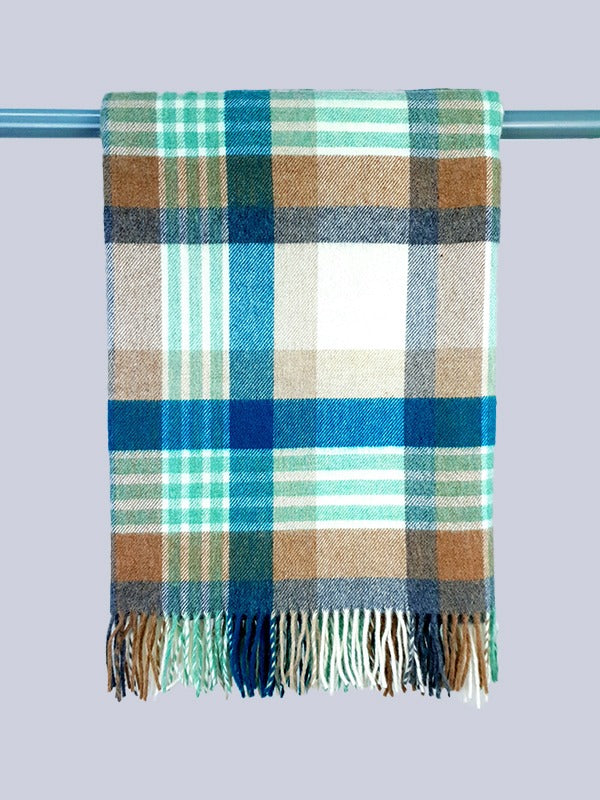 The Rockmills Lambswool Throw