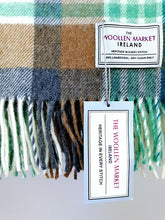 Load image into Gallery viewer, The Rockmills Lambswool Throw