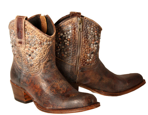 Crackle studded boot