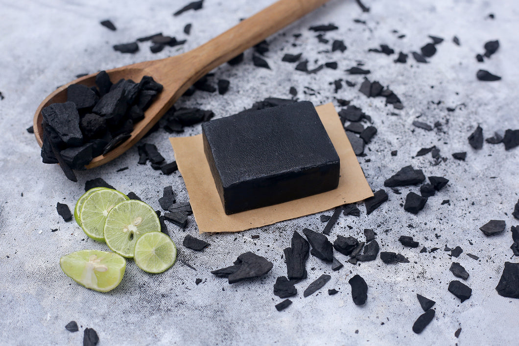 100% Vegetarian Handmade Charcoal Lemon Soap