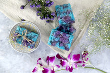 Load image into Gallery viewer, 100% Vegetarian Handmade Lavender Soap