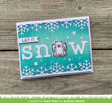 Load image into Gallery viewer, Lawn Fawn-Lawn Cuts-Dies-Snowflake Border Die