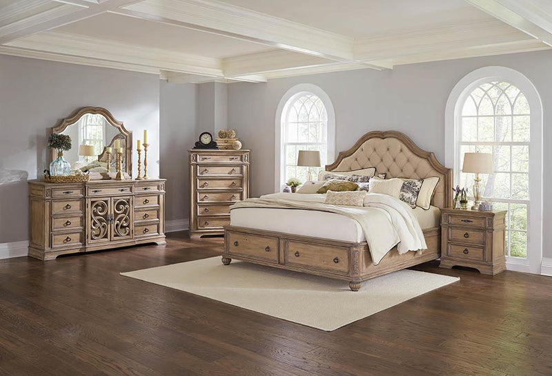 Ilana Traditional Antique Linen and Cream California King Storage Bed