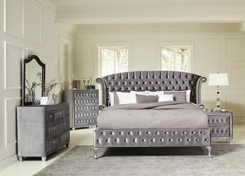 Deanna Bedroom Traditional Metallic Eastern King Four-Piece Set