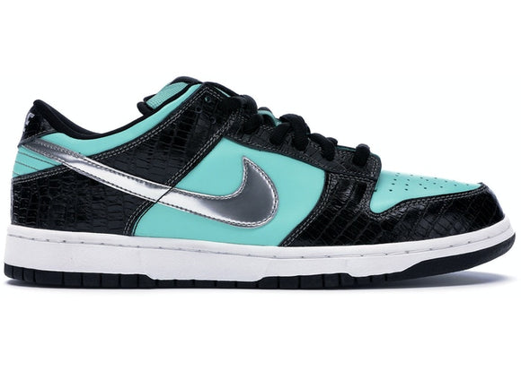 UaG Nike Dunk SB Low x Diamond Supply Co.