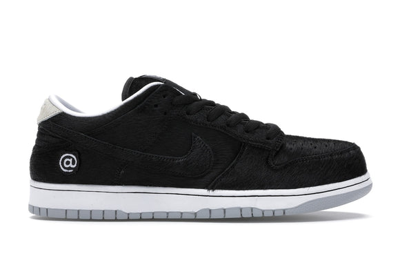 UaG Nike SB Dunk Low 'Medicom Toy'