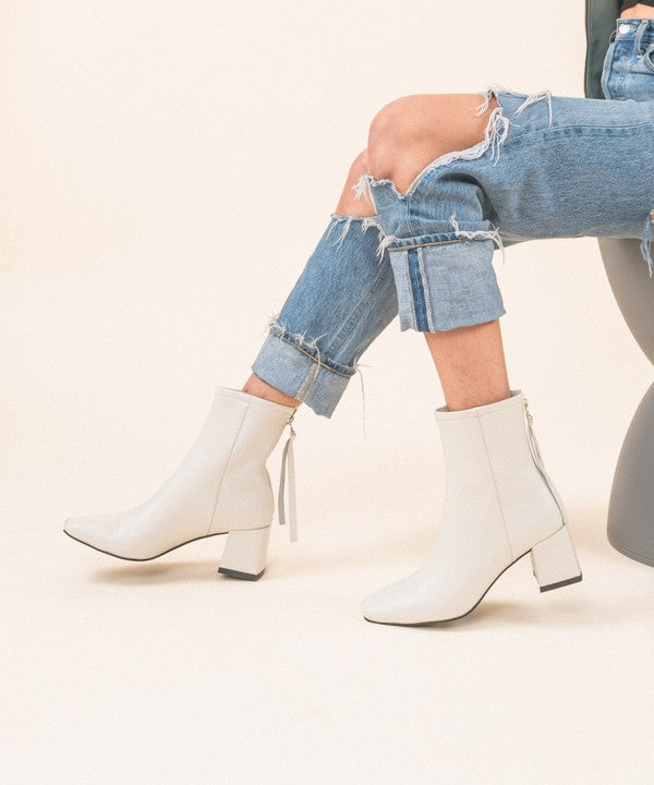 KADEE SQUARE TOE BOOTIES