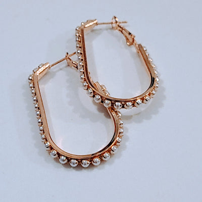 DOTTED PEARL U HOOPS
