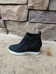 ZOLITA BLACK WEDGE