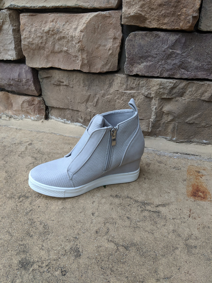 ZOLITA GREY WEDGE
