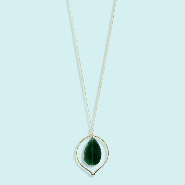 GREEN CHALCEDONY TEAR DROP NECKLACE