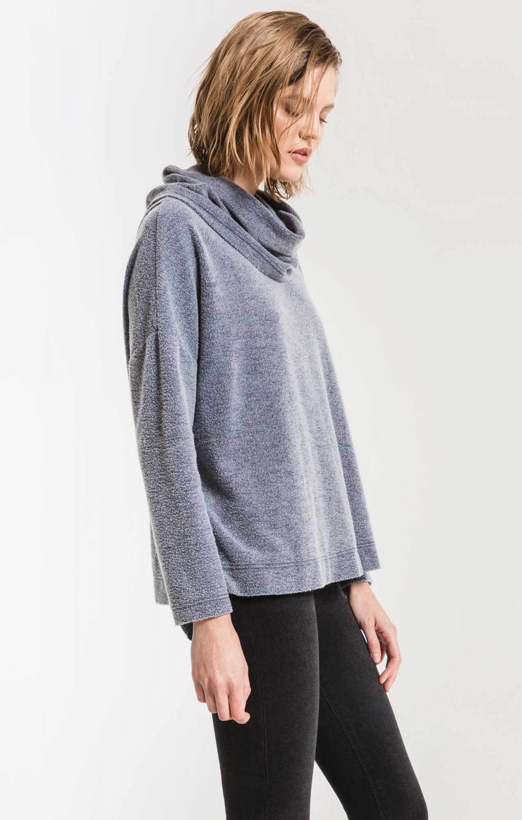 THE FLEECE SCALLOP BACK TOP