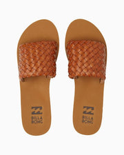 ONE WAY SANDAL