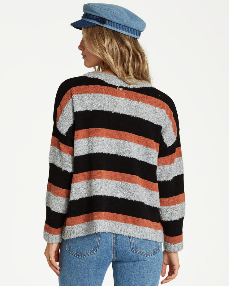 BOLD MOVES SWEATER