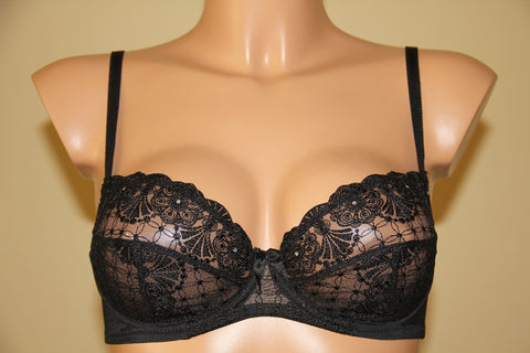 Women's Soft cups Bra in Black color (11010)