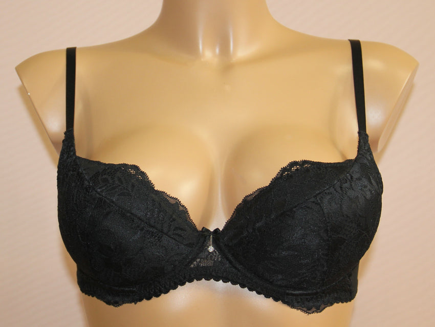 Women's Push up Bra in Black color,size 75C (4560-2107)
