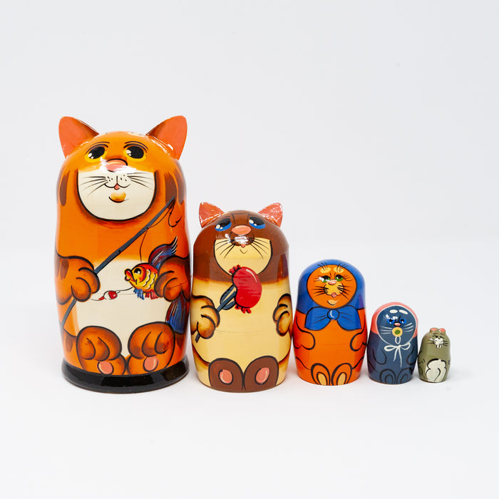 Red Cat Family – Set of 5 Large