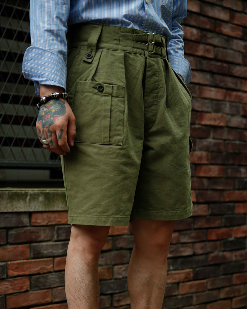 LabourUnion-clothing-american-retro-vintage-handmade-menswear-shorts-British-Army-Double-Buckle -Gurkha-Shorts-green-model
