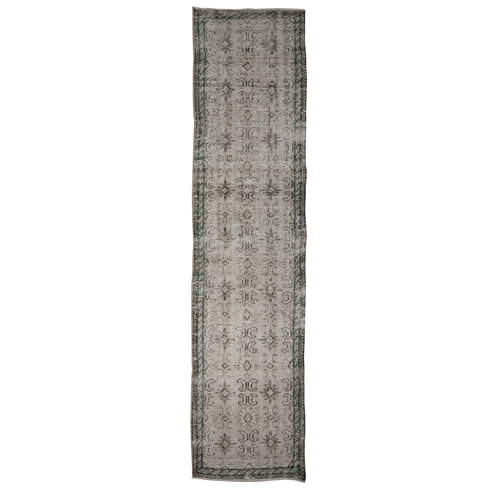 Load image into Gallery viewer, 'Emery' Vintage Rug (3 x 10)