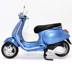 Vespa Primavera Motor Scooter Motorcycle Die-cast Model