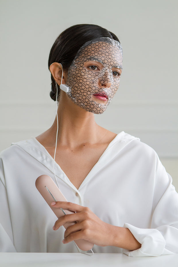 4-WAY BEAUTY DEVICE