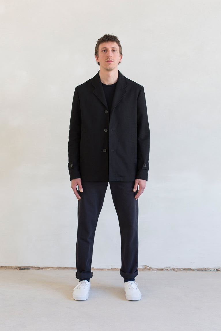 7d collection , 7d , belgian brand , ikkoopbelgisch , unlined four pocket jacket in washed cotton moleskin  oversized mandarin collar shirt  chino pant in cotton drill