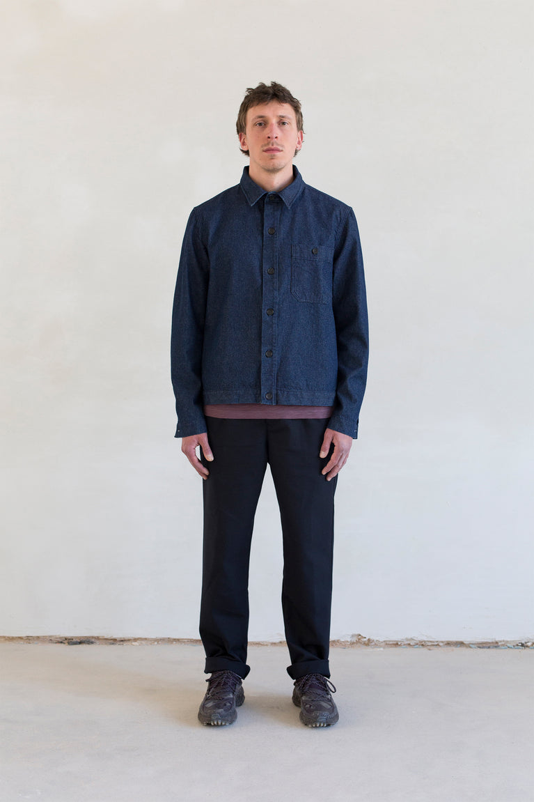 7d collection , 7dcollection , 7d , menswear , men fashion , ikkoopbelgisch , overshirt jacket in japanese indigo cotton fabric  long sleeve basic crew neck t-shirt in organic cotton  comfortable pleated pant in cotton wool twill