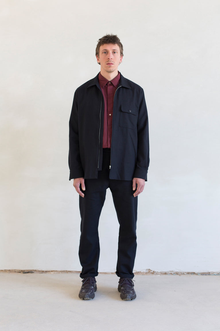 7d collection , 7dcollection , 7d , menswear , men fashion , ikkoopbelgisch , zippered overshirt in cotton wool twill  oversized shirt in cotton poplin with contrast stitch  comfort drawstring pant in cotton wool twill